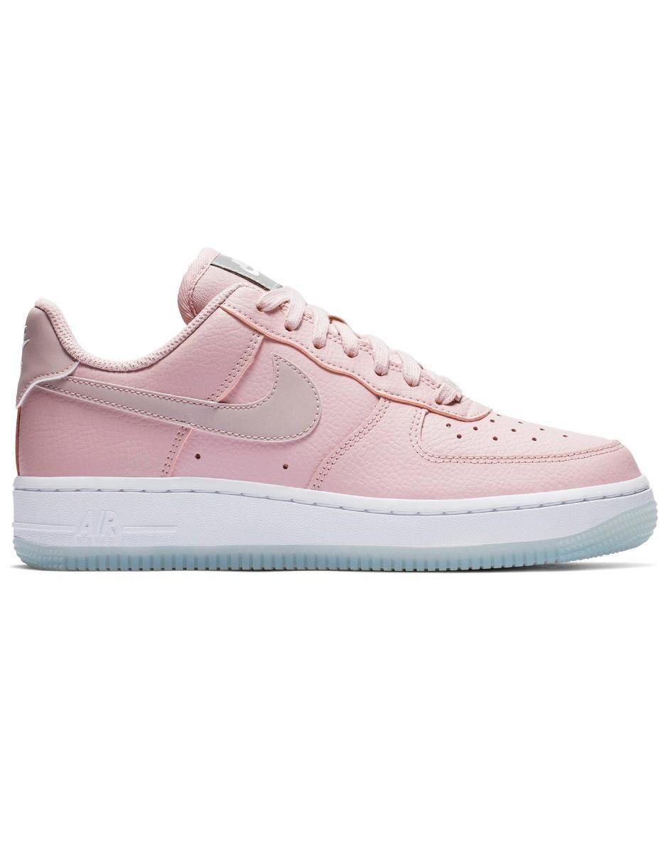 hot sales 33d3b 0ffc4 Tenis Nike Air Force 1 '07 Essential para dama