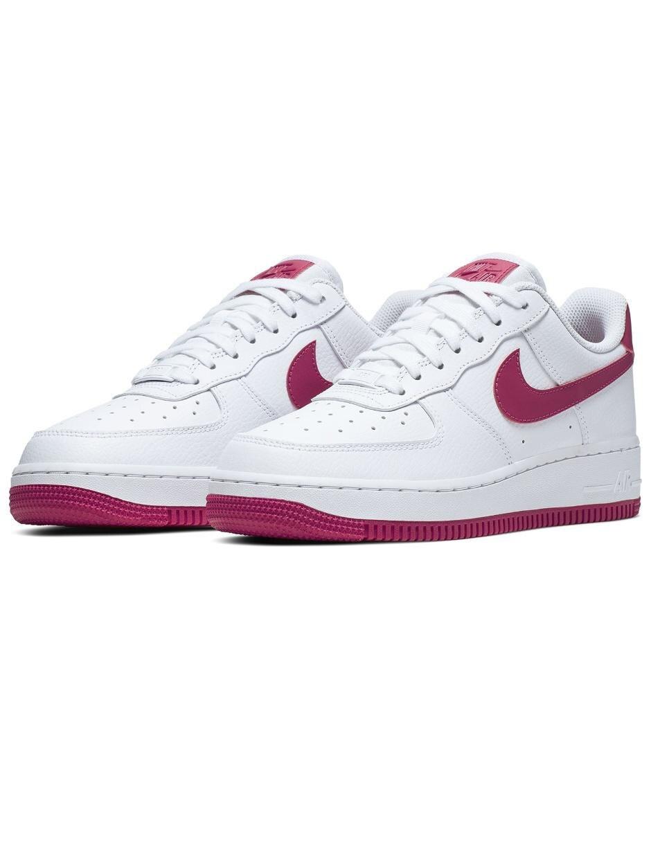 Tenis Nike Air Force 1 07 Essential para dama